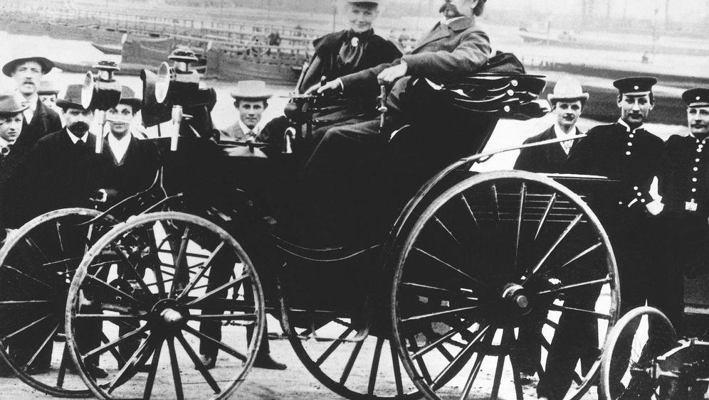 Reparatur mit Hutnadel und Strumpfband: Autopionierin Bertha Benz
