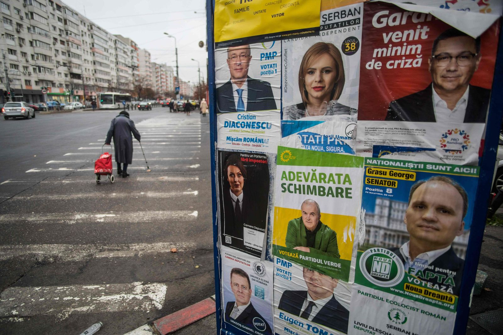 ROMANIA-POLITICS-ELECTIONS-VOTE-ELECTION-VIRUS-PANDEMIC-HEALTH