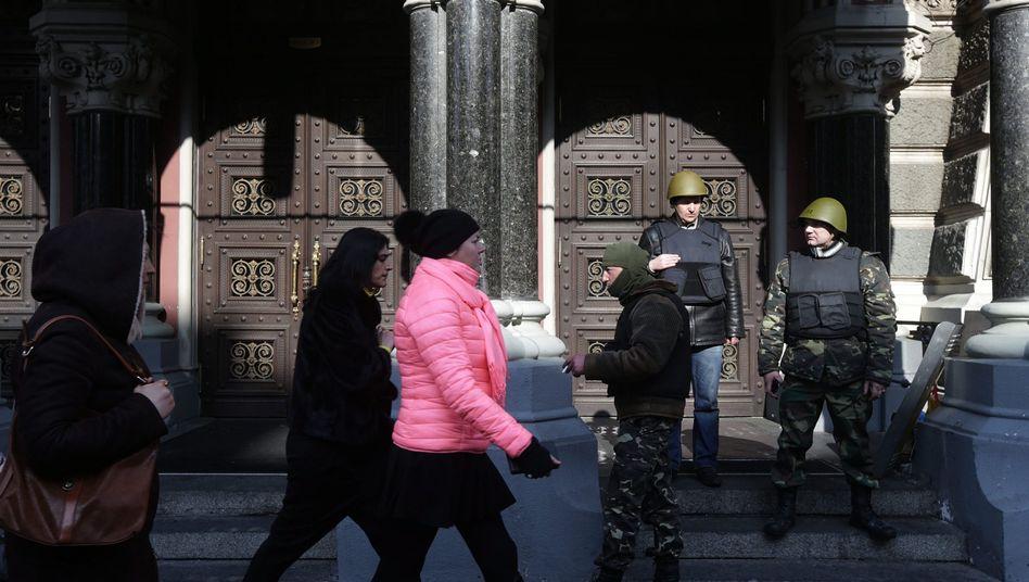 Zentralbank in Kiew: Geld soll schnell zur Verfügung stehen
