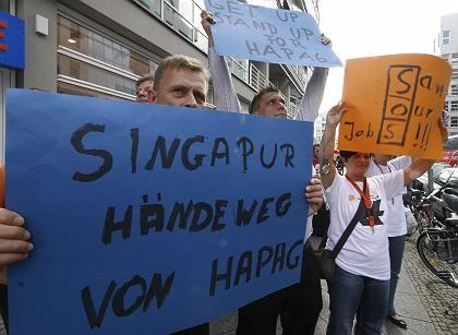 Hapag-Lloyd-Mitarbeiter (Am Dienstag in Berlin): Angst vor Investor aus Singapur