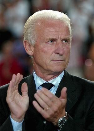 "Neuer VfB-Trainer Trapattoni: ""Positiv Fußball-Besessener"""