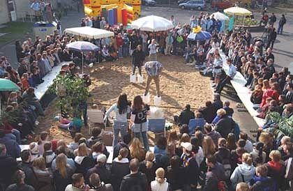 Ring frei: Gladiatoren auf Stelzen