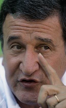 """Brasilien-Trainer Parreira: """"Revanche erst 2006"""""""
