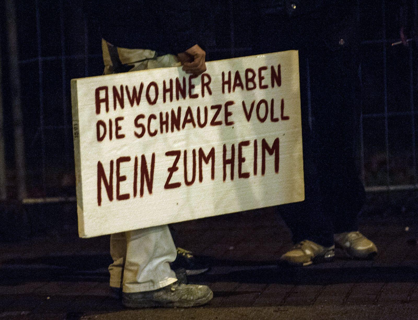 Protest gegen Asylbewerber-Heim