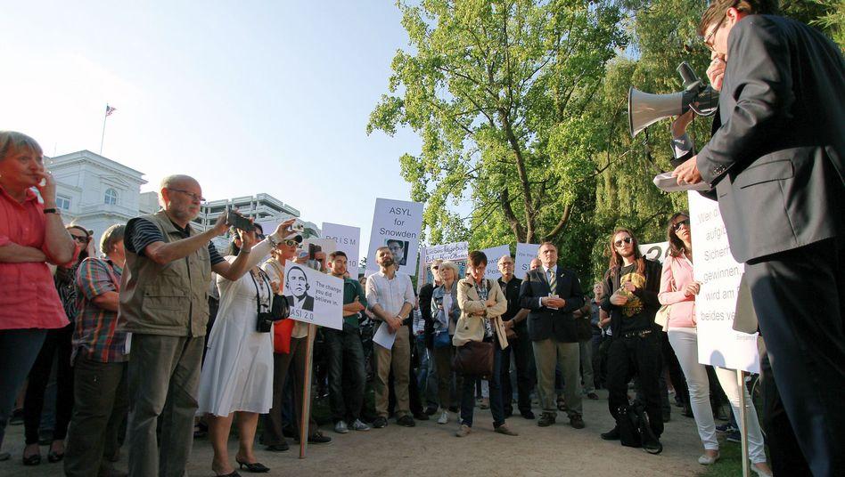 Schicker Protest an der Außenalster: Eine Demo gab den Anstoß zum Bündnis