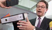 Verkehrsminister Scheuer behindert den Untersuchungsausschuss