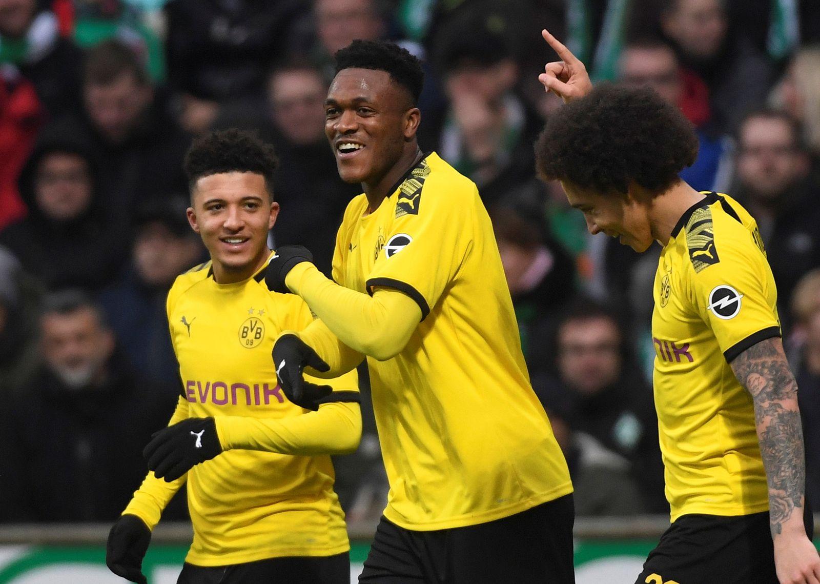Bundesliga - Werder Bremen v Borussia Dortmund
