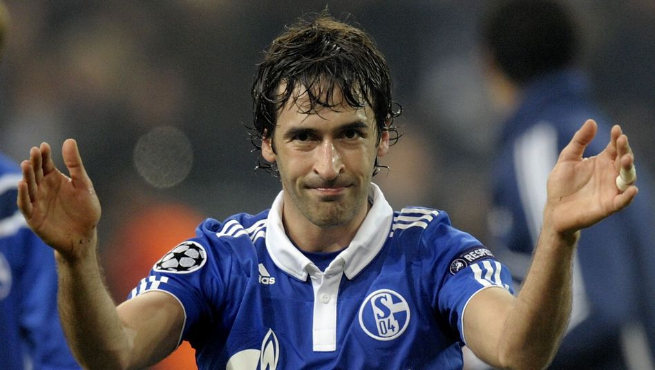 Schalke-Star Raúl: Im Viertelfinale gegen Inter Mailand