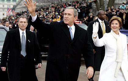 """Bush bei der Parade in Washington: """"Ein großer Tag für Amerika"""""""