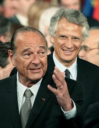 French President Jacques Chirac (left) and Prime Minister Dominique de Villepin