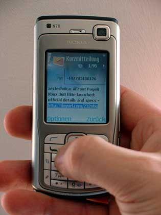 SMS-Textnachricht: Fast 15.000 Kurzmitteilungen in vier Wochen