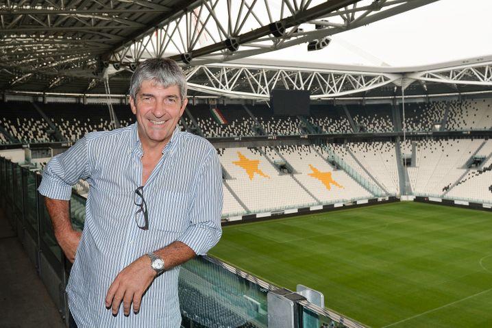Paolo Rossi nach seiner Karriere im Juve-Stadion