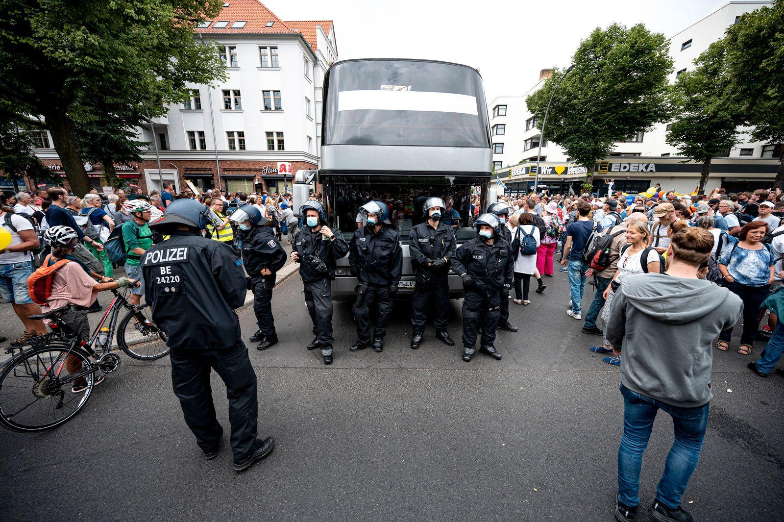 Demonstrationsverbot in Berlin - Polizei