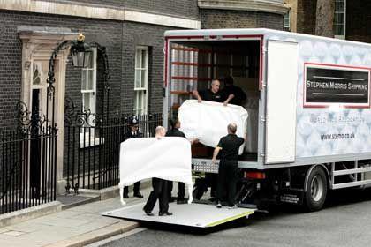 Möbelpacker bei Blair: Abschied von Downing Street 10