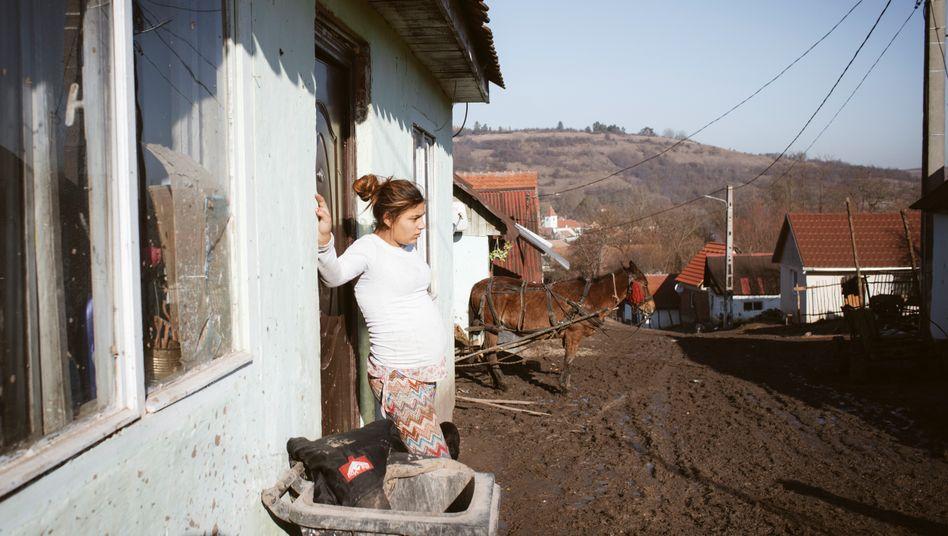 Junge Schwangere in Transsilvanien: Hohe Zahl minderjähriger Mütter in Rumänien