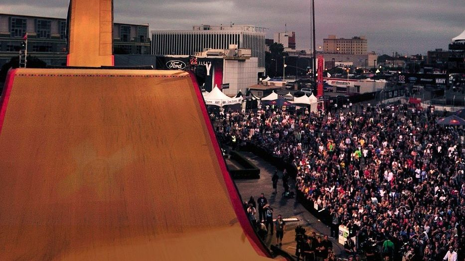 Skateboarder bei den X Games in Los Angeles