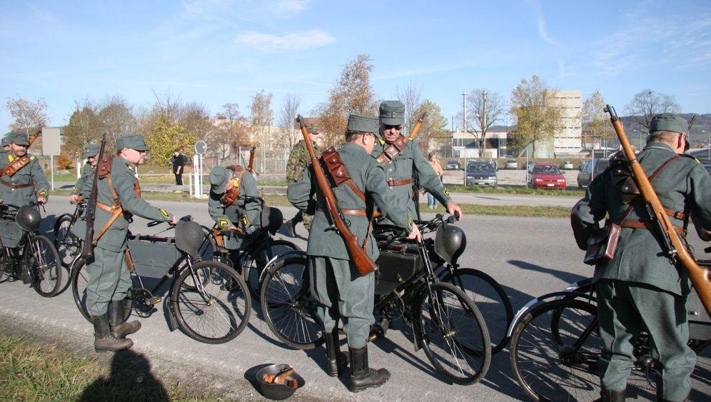Rarität auf Rädern: Radeln für das Vaterland