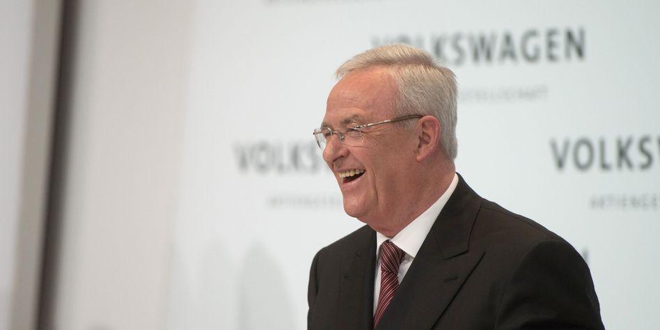 Da sah die Welt noch besser aus: Ex-VW-Chef Winterkorn bei der Bilanz-PK im März