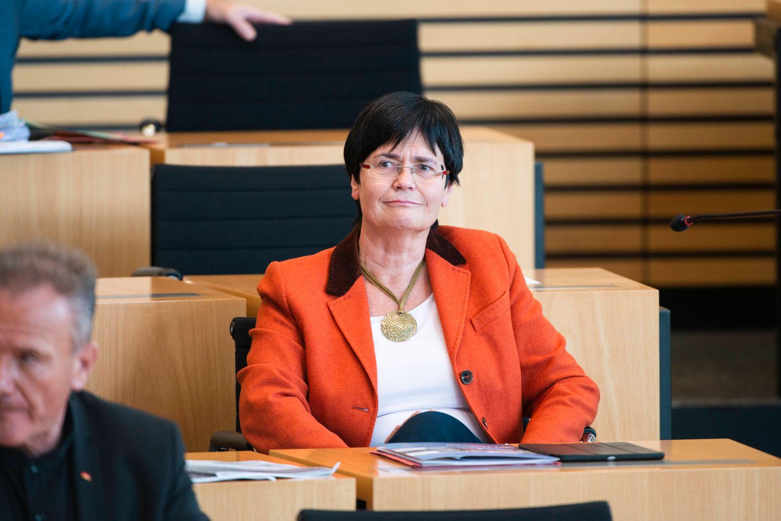 161. PLENARSITZUNG IM THÜRINGER LANDTAG 01/10/2019 - Erfurt: Christine Lieberknecht (CDU) in der 161. Plenarsitzung des