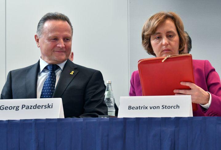 AfD-Landeschef Pazderski und Vize von Storch
