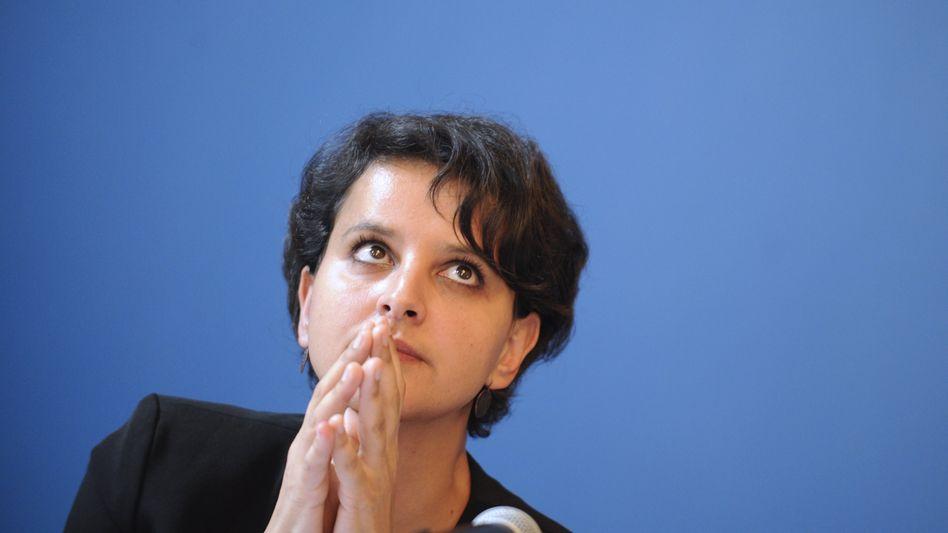 Erziehungsministerin Vallaud-Belkacem: Neues Gesetz soll Straftäter von Schulen fernhalten