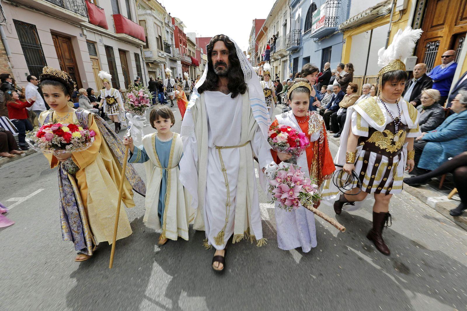 Christen Jesus Parade Valencia