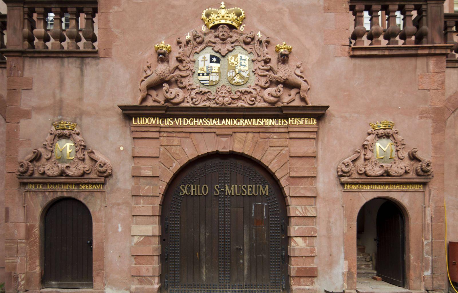 EINMALIGE VERWENDUNG Darmstädter Schlossmuseum