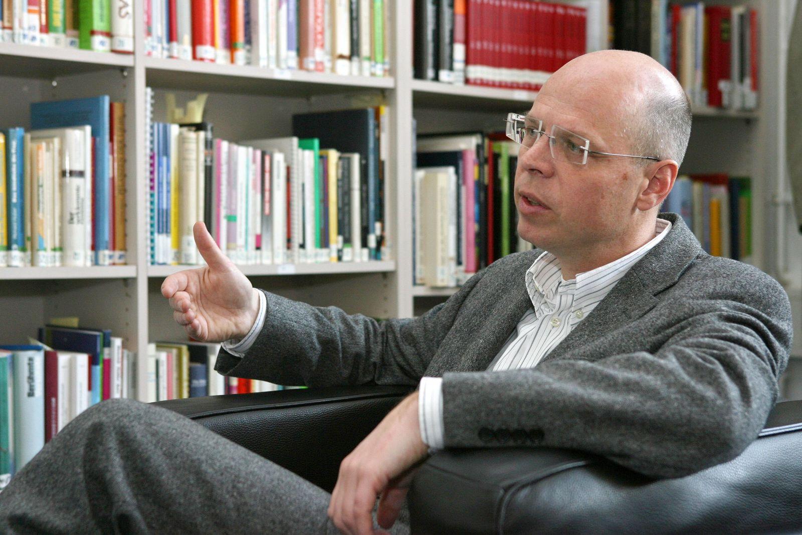 Dr. Klaus Michael Beier