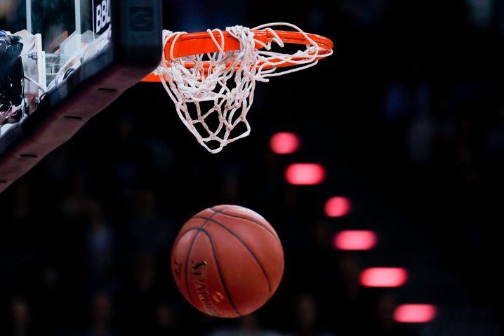 Auch die Basketball-Bundesliga will weiterspielen - ihr Konzept ist am Fußball angelehnt