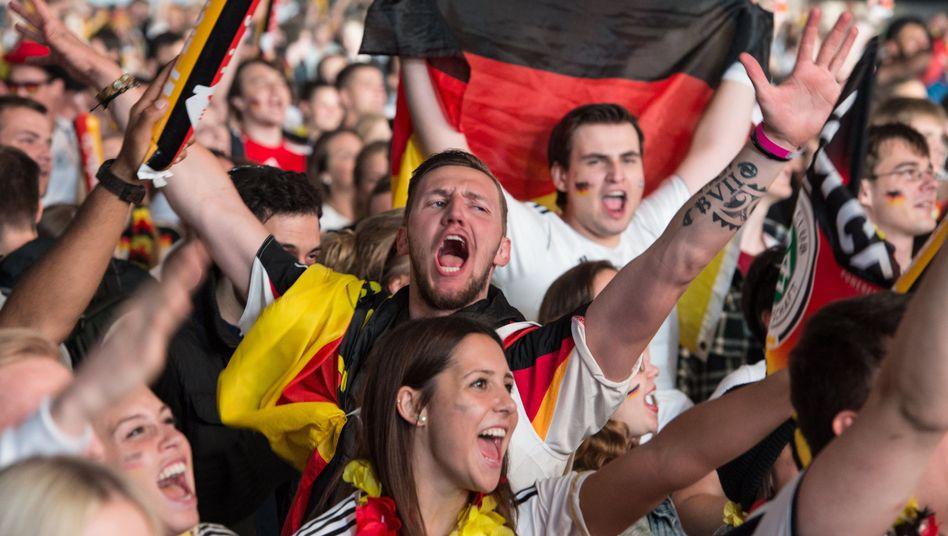 Fußballfans in Frankfurt