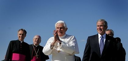 Pope Benedict XVI arrived in Washington D.C. on Tuesday afternoon.