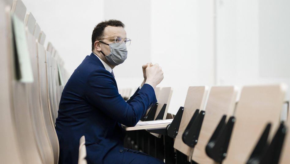 Jens Spahn mit Maske