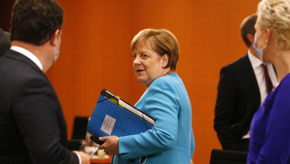 Kanzlerin Merkel vor dem Treffen mit den Länderchefs