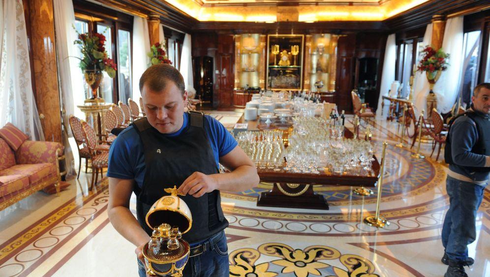Geplünderte Paläste: Das Gold der Diktatoren