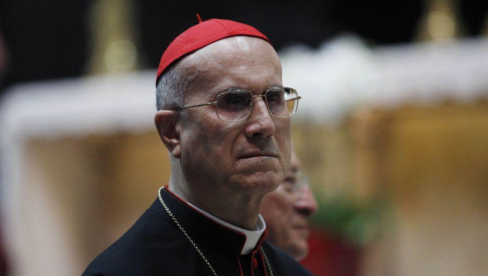 Tarcisio Bertone: Der mächtigste Mann im Vatikan