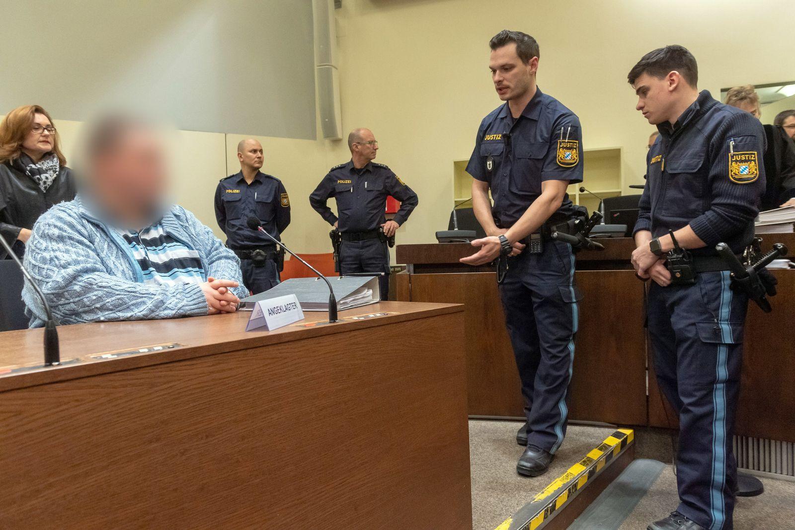 Vor dem Urteil in Prozess gegen Hilfspfleger wegen Mordes