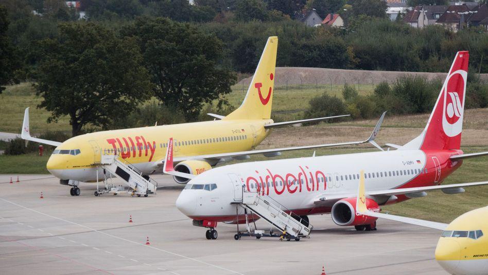 TUIfly- und Air-Berlin-Maschinen