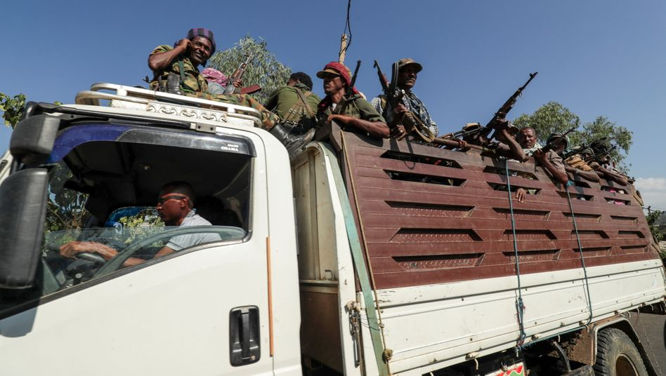 Milizen aus der Region Amhara fahren zu Kämpfen gegen die Volksbefreiungsfront in Tigray