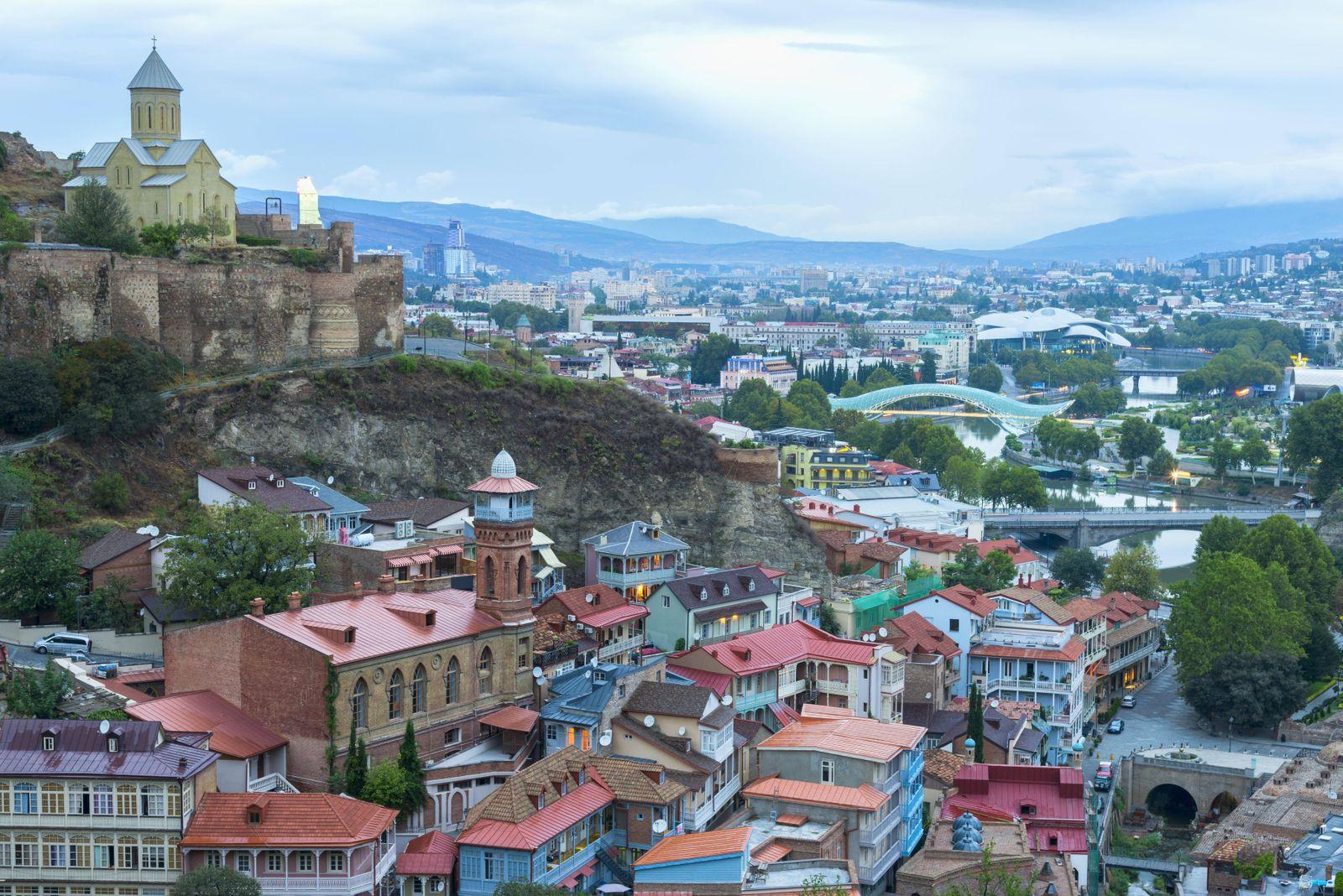 EINMALIGE VERWENDUNG Städte/ Osteuropa/ Tiflis