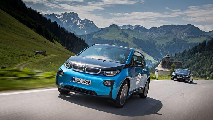 Elektroautos auf dem Markt: Stärker, schneller - und vor allem weiter
