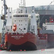Eisbrechendes Containerschiff: Weltweit ist die Schifffahrt für einen Rußausstoß von 130.000 Tonnen pro Jahr verantwortlich.