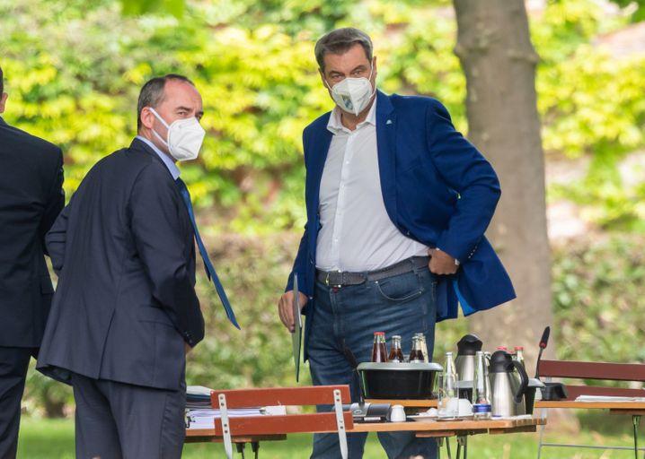 Bayerns Ministerpräsident Söder (l.), Freie-Wähler-Chef Aiwanger: »Schmaler Grat«