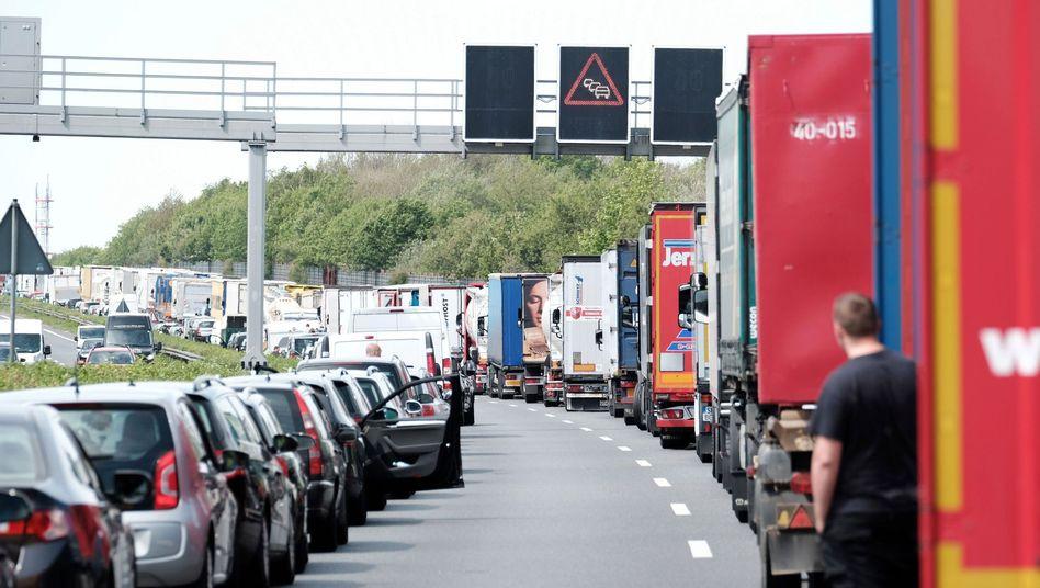 Rettungsgasse auf der A2 in Hannover
