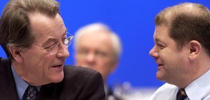 Müntefering (l.) und Scholz: Der Hamburger wird neuer Arbeitsminister