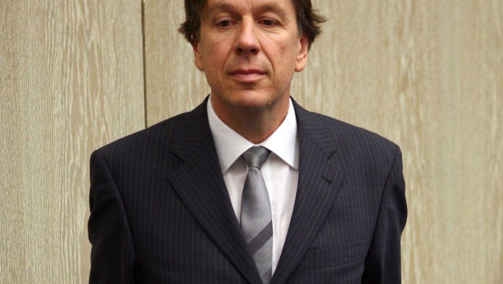 Kachelmann vor Gericht: Fünf Minuten in Mannheim