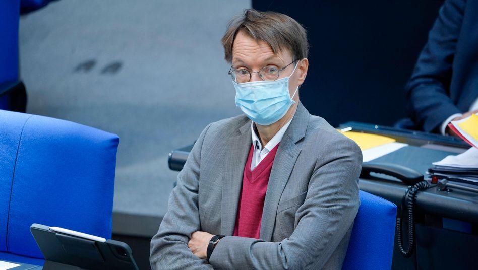 Der SPD-Gesundheitsexperte Karl Lauterbach bei einer Sitzung im Bundestag