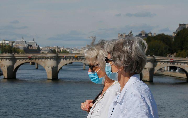In Paris gilt unter freiem Himmel Maskenpflicht