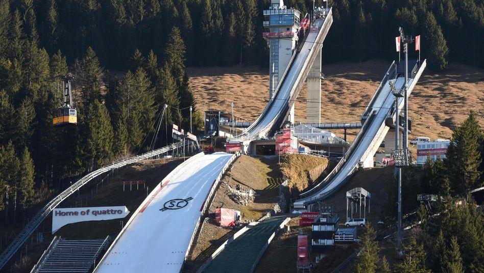 Skisprungschanze in Oberstdorf: Stromausfall vor Qualifikation