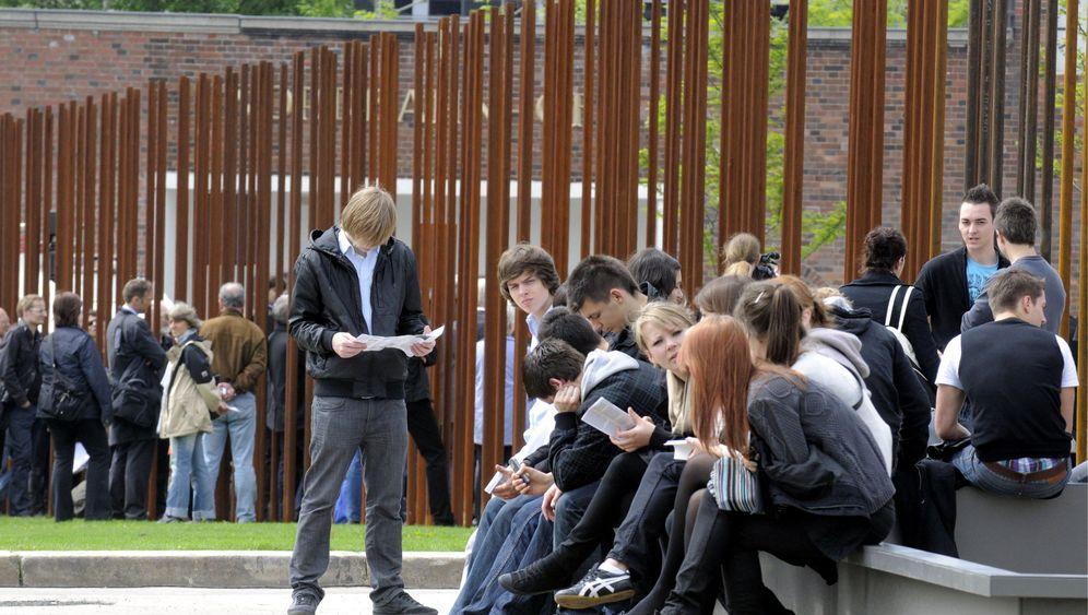 Shell Jugendstudie: Junge Menschen sind optimistisch