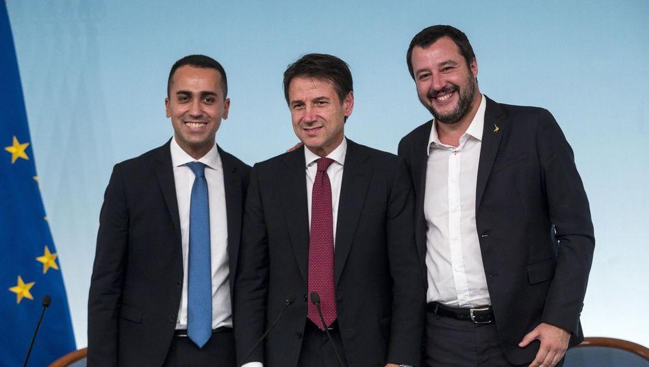 Luigi Di Maio, Giuseppe Conte, Matteo Salvini: Streit über Bahnstrecke schwelt in Koalition